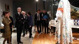 11-Musee-musique-costumes-en-fete-visite-ministre_P1060871_Juliette-Le-Maoult-2