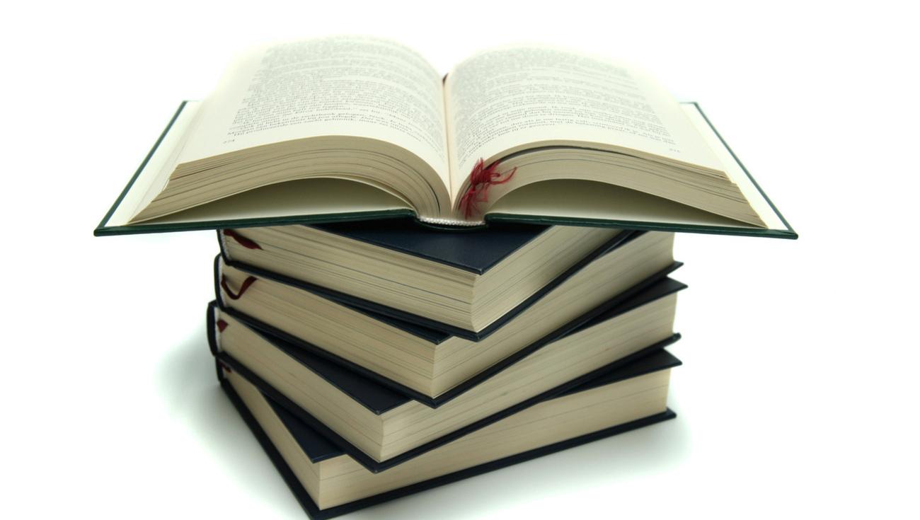 Books 1419613 1279x852