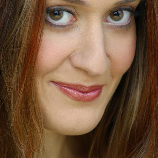DEBONO Claire Portrait