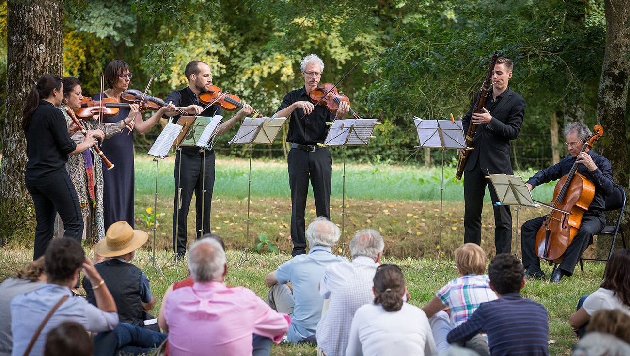 News what is a promenade musicale in the gardens of - Festival dans les jardins de william christie ...