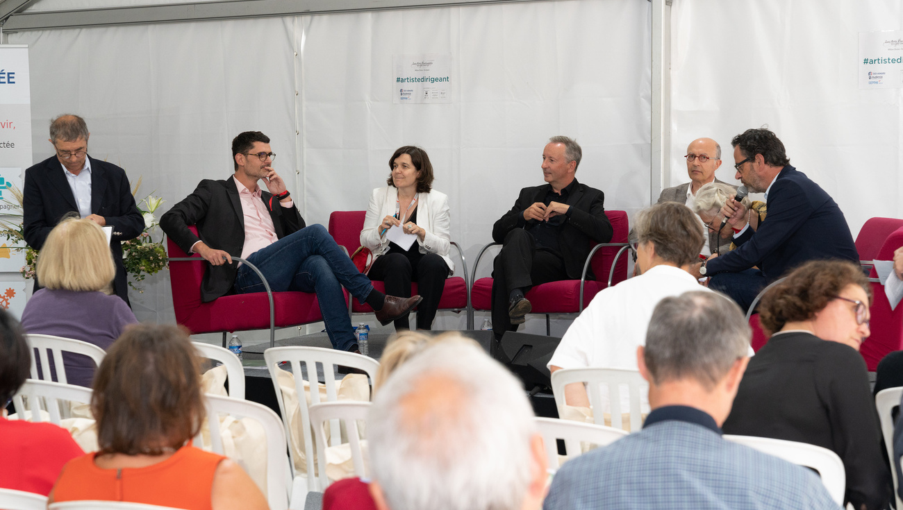 Table-ronde-artistes-dirigeants-Festival-2018-DSC05673-BD©Jay-Qin