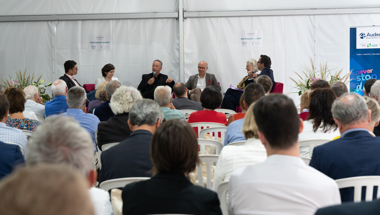Table-ronde-artistes-dirigeants-Festival-2018-DSC05680-BD©Jay-Qin